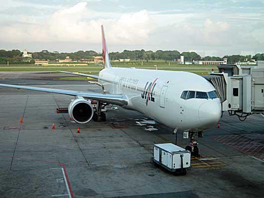 JL712 767に機材変更