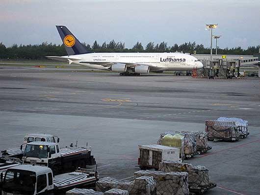 ルフトハンザ A380 @シンガポール チャンギ空港