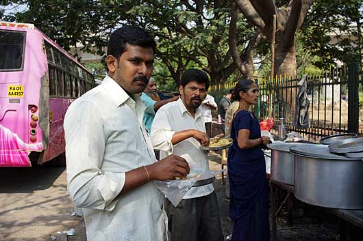 バンガロール 朝食風景