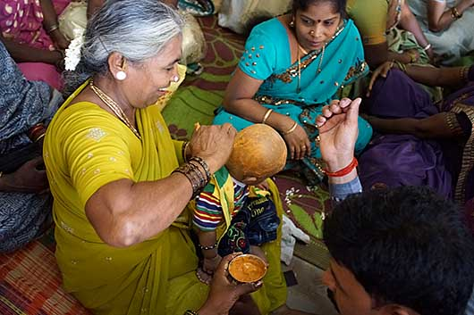 バンガロール ピアスの儀式