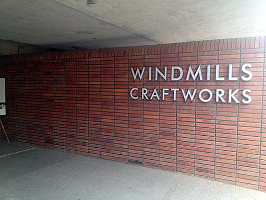バンガロール マイクルブルワリー Windmills Craftworks