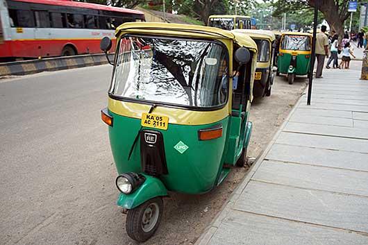 バンガロール オートリキシャ LPG