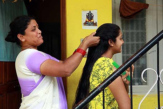 バンガロール 母と娘
