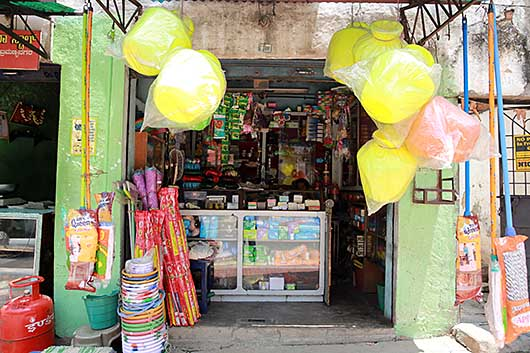 バンガロール 雑貨屋