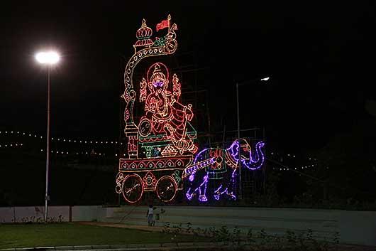 バンガロール 夜のガネーシャ祭り