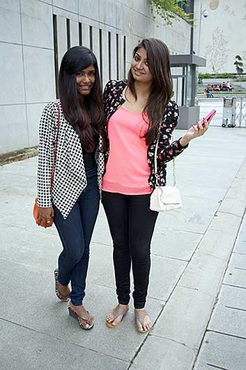 バンガロール 若い女性