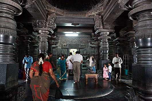 バンガロール Chennakesave Temple@Belur