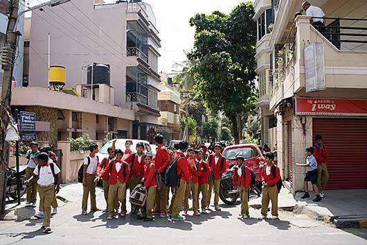 バンガロール 下校風景