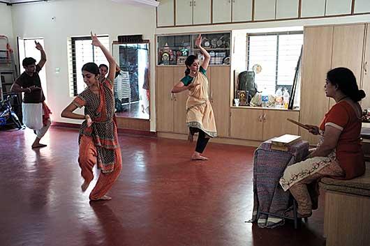 バンガロール ダンススタジオ
