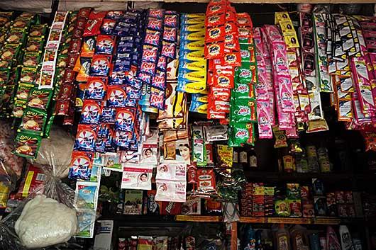 バンガロール 商品陳列