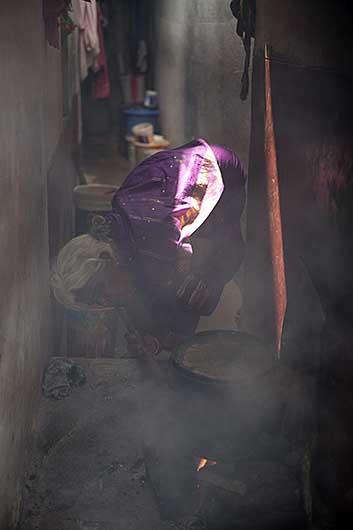 バンガロール 火をおこす
