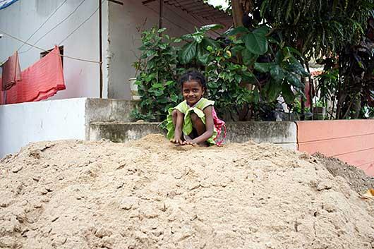 バンガロール 砂遊び