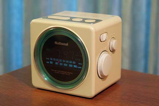 National RC-57 クロックラジオ