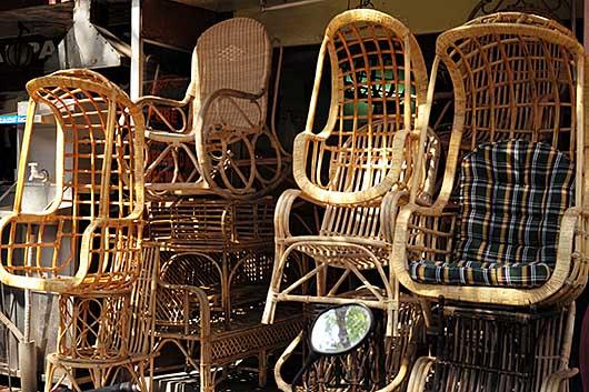 バンガロール 椅子屋