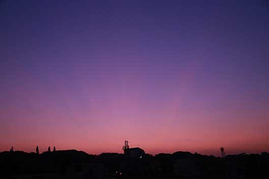 バンガロール 2015/2/8 日の出前の空