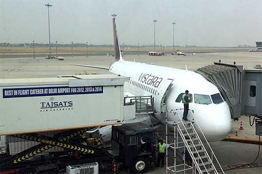 ビスタラ航空 A320