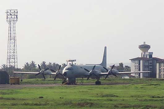 インド海軍 IL-38 ゴア空港
