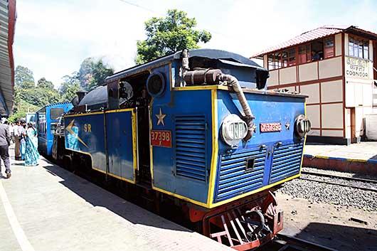 ニルギリ山岳鉄道 蒸気機関車